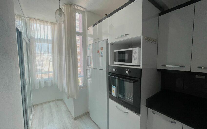 Трёхкомнатная квартира в Махмутларе